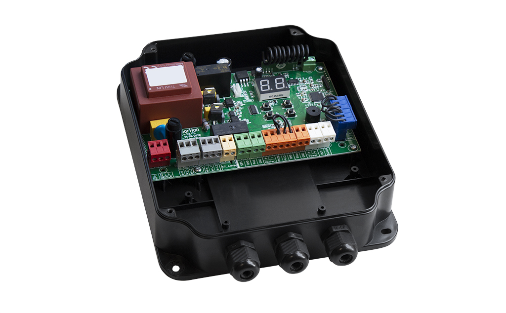 Обновленный блок управления приводами для распашных ворот PCB-SW 2.0